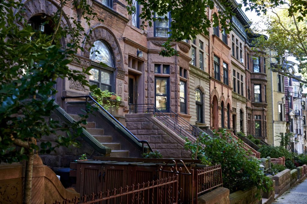 New York neighborhood 1024x681 - 6 Ways to Embrace Moving to a New City