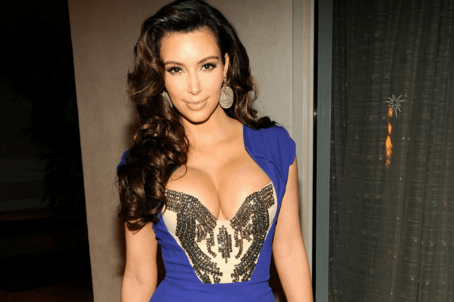 achieve kim kardashian level cleavage in 3 minutes 900x600 - Achieve Kim Kardashian Level Cleavage in 3 Minutes