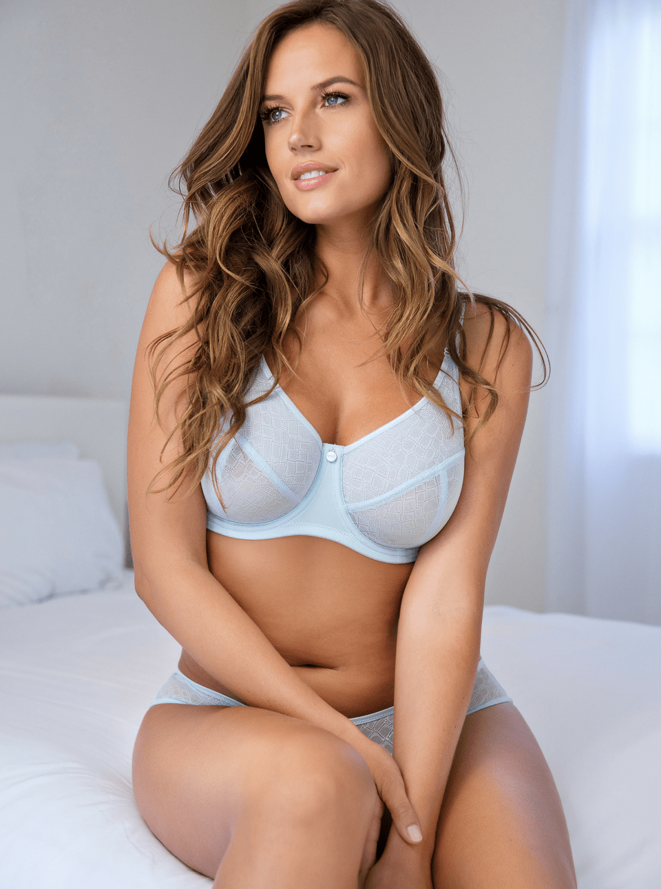 enora whisper blue minimizer bra - The Only 8 Bras You Need In Your Spring Wardrobe