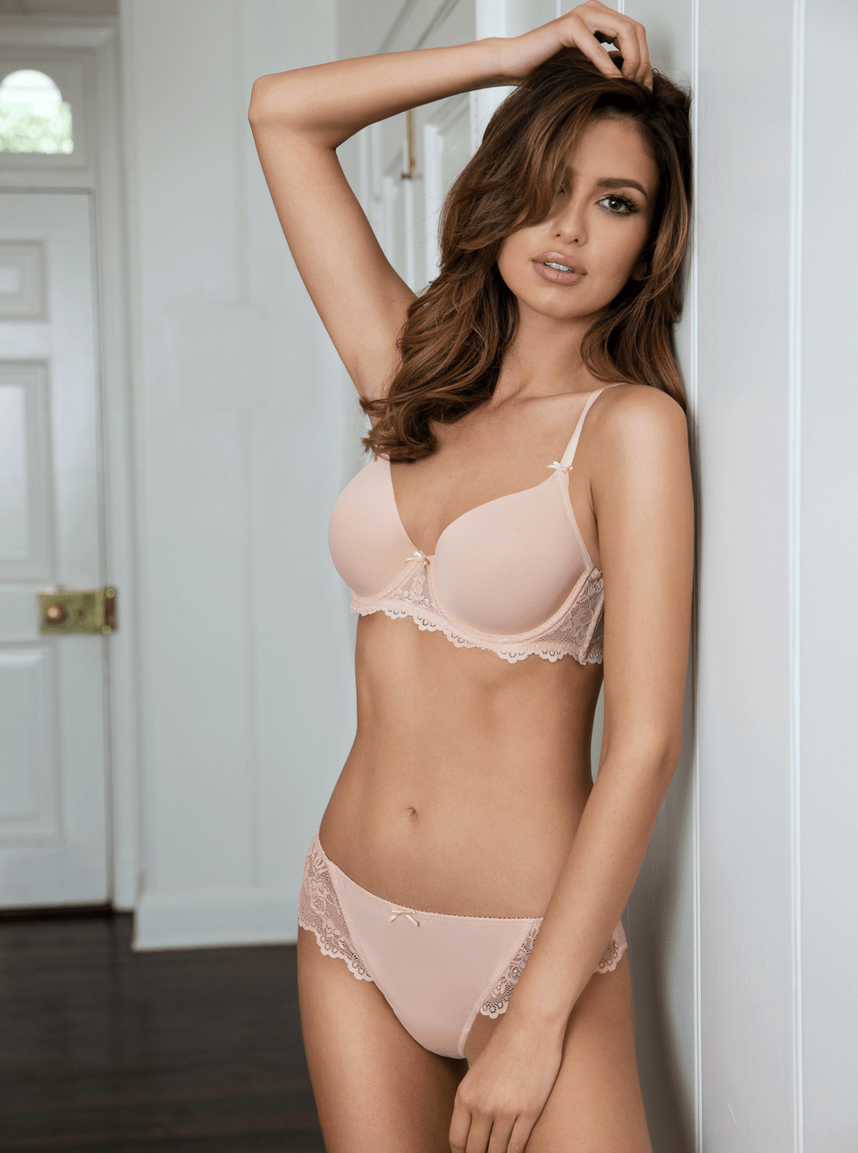 matilda contour plunge padded bra bisque - The Only 8 Bras You Need In Your Spring Wardrobe