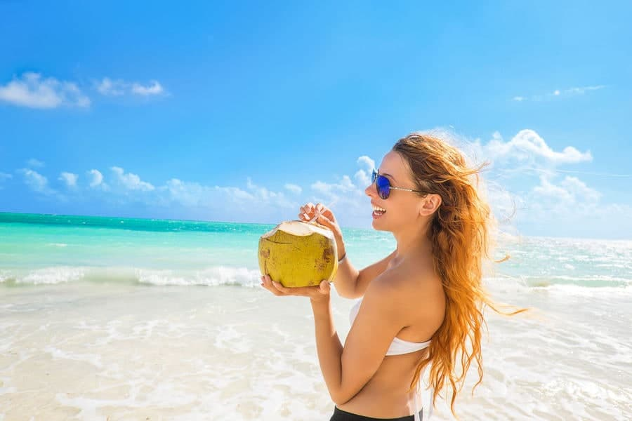 3 easy ways to keep hair healthy and protected from the summer sun - 3 Easy Ways To Keep Hair Healthy And Protected This Summer