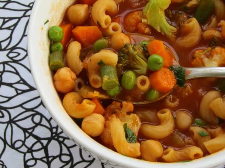 healthy vegetable minestrone soup thriving home blog - 14 Easy Meals For 2 On A Budget