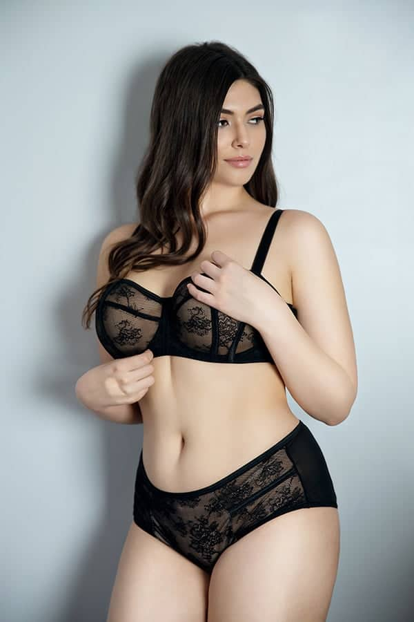what is a lace bra
