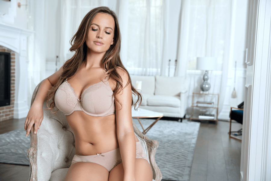 4 Of The Best Bras For Lifting Sagging Breasts -8424