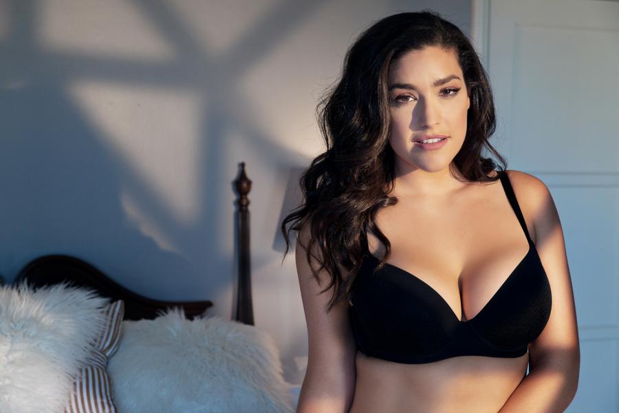 Bra big boobs pics 8 Important Bra Shopping Tips For Women With Big Boobs Parfaitlingerie Com Blog