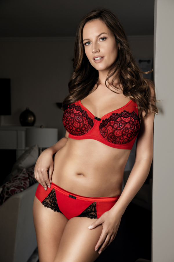 red and black lace bra