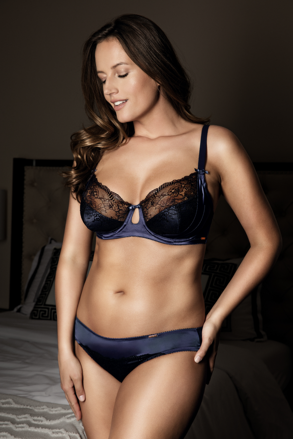 blue lace bra