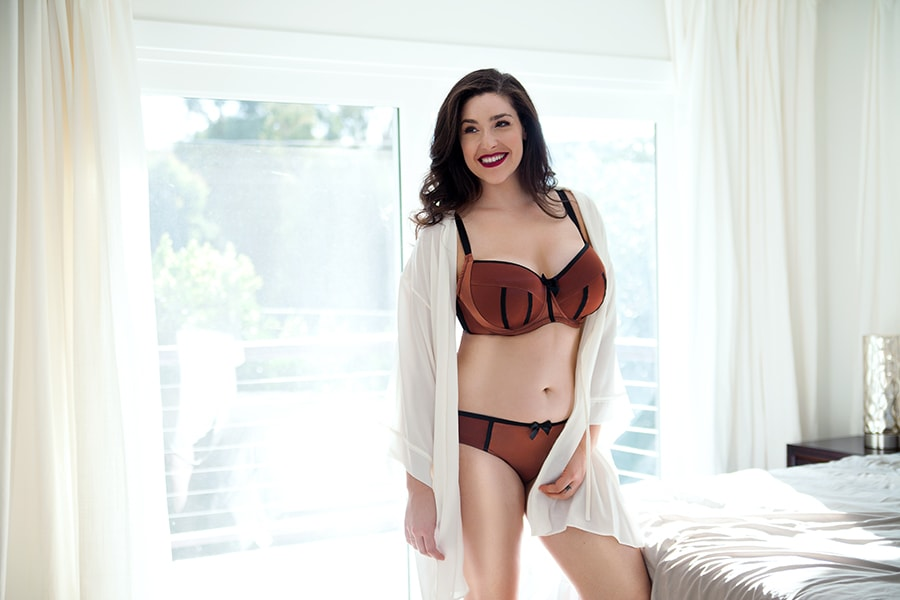 best online lingerie stores - Best Lingerie Stores: Lace Of Love