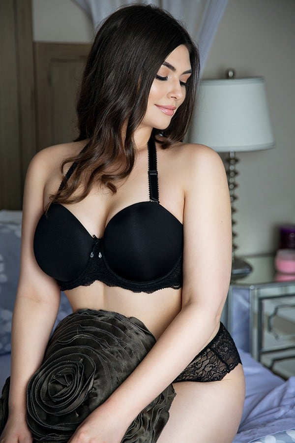 how to keep a strapless bra up