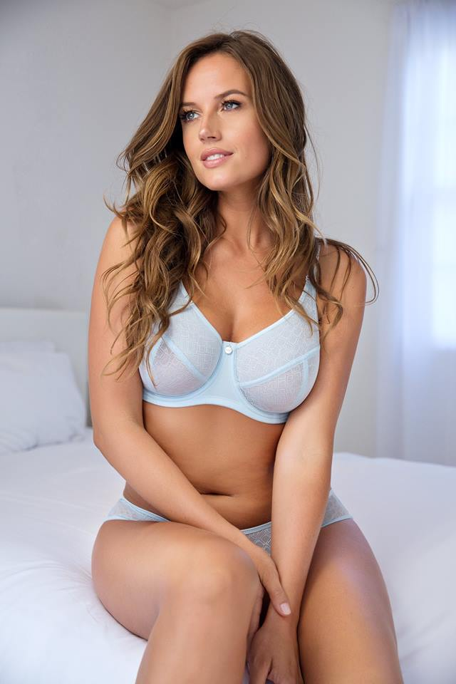 does minimizer bra reduce breast size