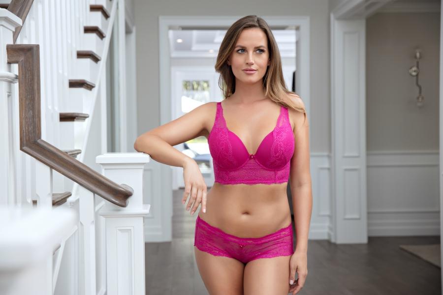 pink lace bra