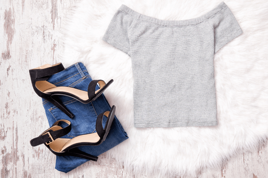 how to wear off the shoulder tops with bra